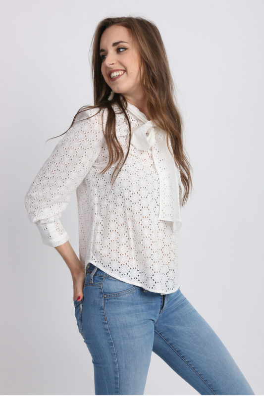 blouse blanche