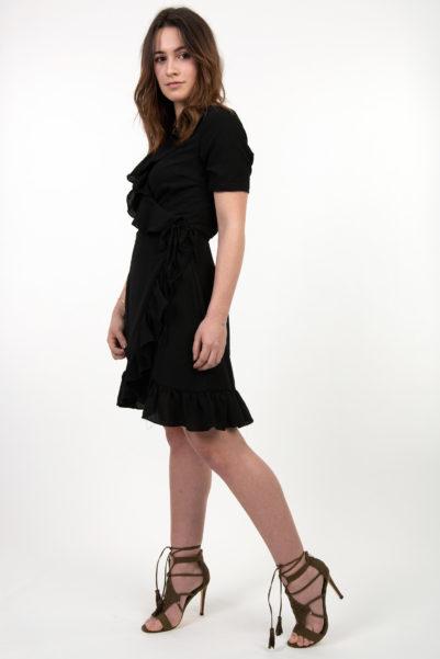 robe noire portefeuille