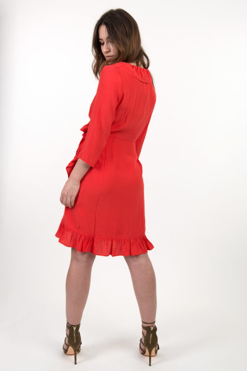 robe-rouge-dos