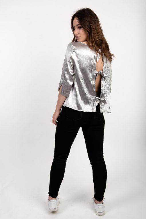 blouse grise argentée