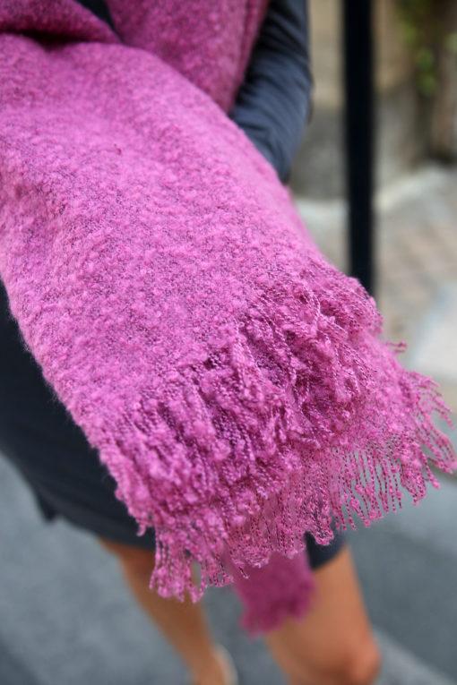 echarpe en laine rose 4
