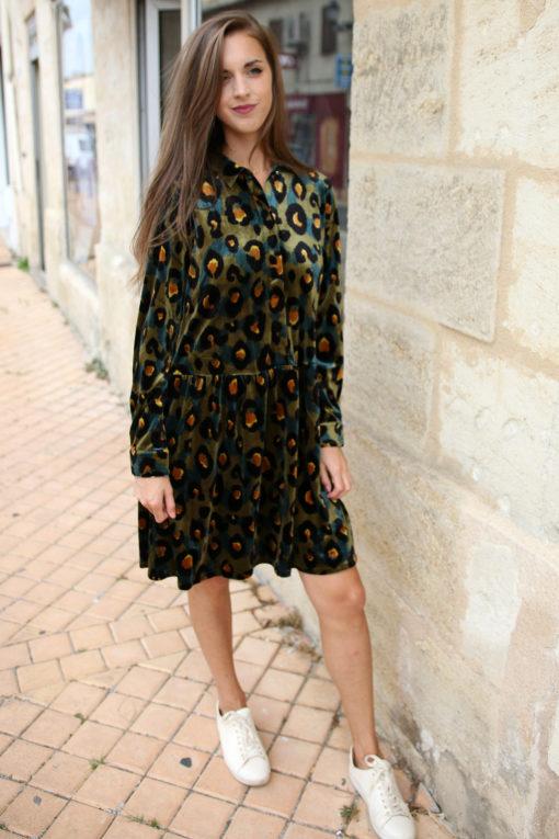 robe velours leopard 2