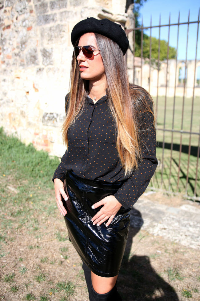 jupe noire vinyle